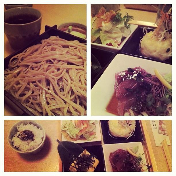 Avant de quitter Matsumoto pour rentrer sur Yokohama, on se devait de manger l'autre spécialité du coin : les Soba !