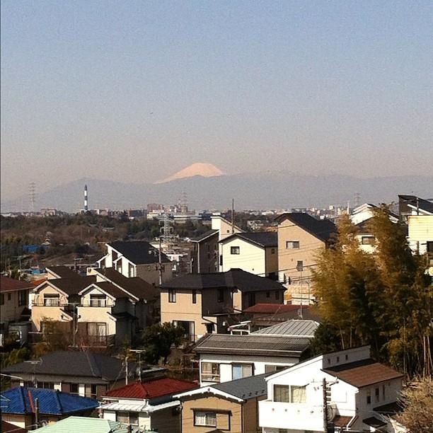 #fujireport : visibilité quasi parfaite sur le Fuji ce matin. C'est un groupe @autrementljapon qui doit être heureux ;)