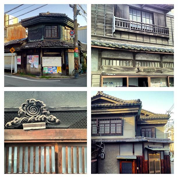 Je ne sais pas d'où vient l'idée reçue qu'il n'y a que du béton à Osaka. Parmi les très grandes villes japonaises (hors Kyoto) c'est probablement celle qui comprend le plus de maisons traditionnelles !