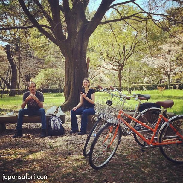 Journée de visite en vélo à Kyoto aujourd'hui et Pause Onigiri au Palais Impérial