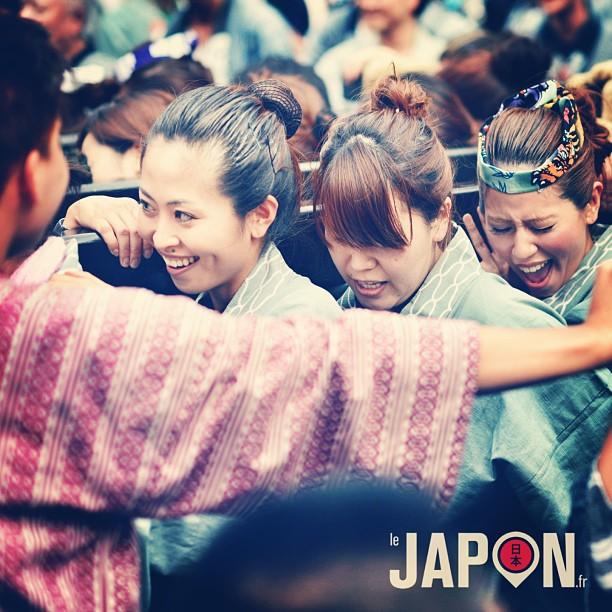 Encore une bonne ambiance ce week-end dans les rues de Tokyo ! Sanja Matsuri à Asakusa