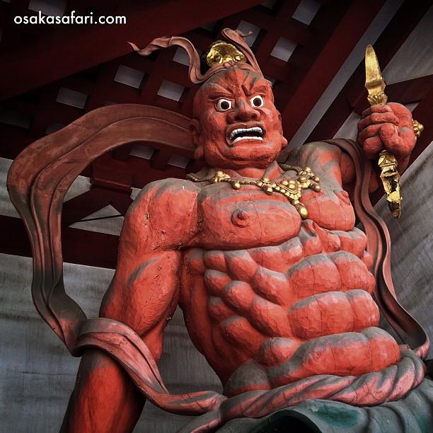 Un des gardiens du temple Shi-Tennoji