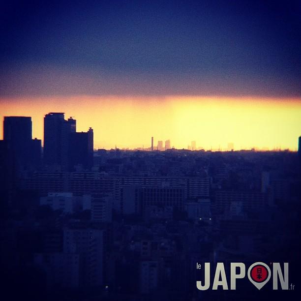 Étonnant ciel ce soir à Tokyo !