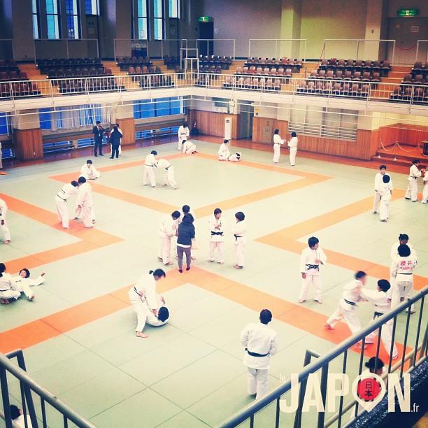 Visite du KODOKAN Judo Institute, pour voir un entraînement et le kimono du maître Jigoro Kano ! #TokyoSafari