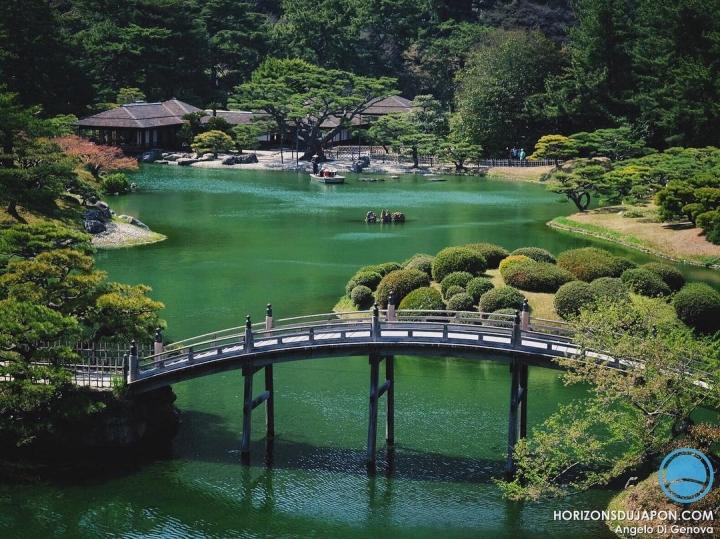 Le jardin Ritsurin de Takamatsu n'entre pas dans le soi-disant trio des plus beaux jardins du Japon. Quel dommage car il est peut-être plus beau encore que les 3 autres