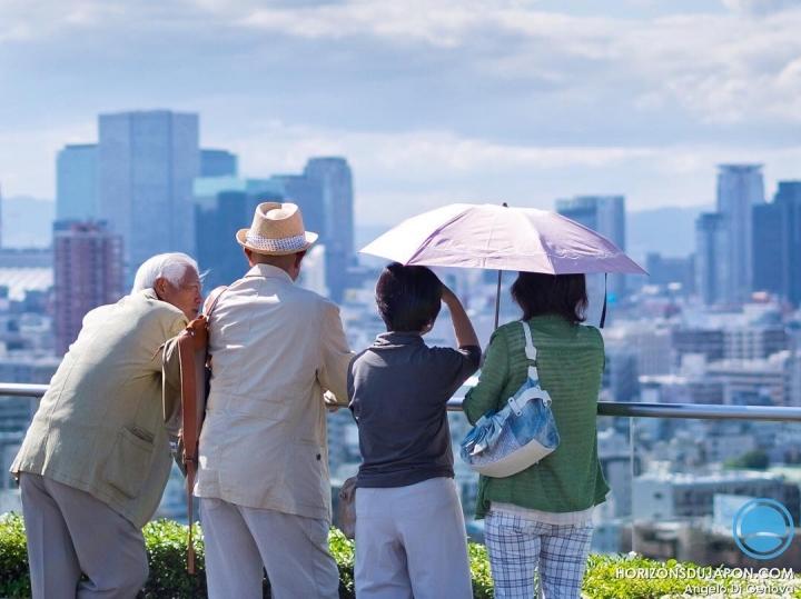 Il n'y a pas d'âge pour apprécier #Osaka  #osakasafari #japonsafari