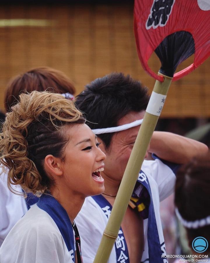 Ça hurle pendant la Tenjin Matsuri :)