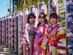 Entouré de kimonos #japon #kyoto #kyotosafari