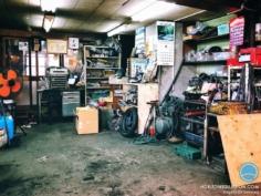 Le vrai garagiste japonais 100% Showa Style :)