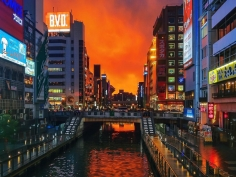 Sometime natural light can be strongest than Dotonbori's neons  #osaka #osakasafari #dotonbori