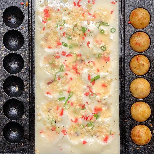 Takoyaki Process #osakasafari #japonsafari #takoyaki #streetfood