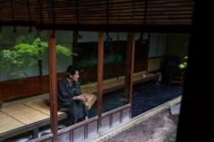 Les chambres du bâtiment historique de l'hôtel Sowaka s'articulent autour d'un très joli jardin intérieur.  #discoverkyoto