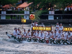 Les bateaux Dondoko sur la rivière Ogawa – Tenjin Matsuri 2019 – #discoverosaka #japonsafari #osakasafari #tenjinmatsuri