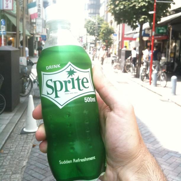 Sprite arrive au Japon !