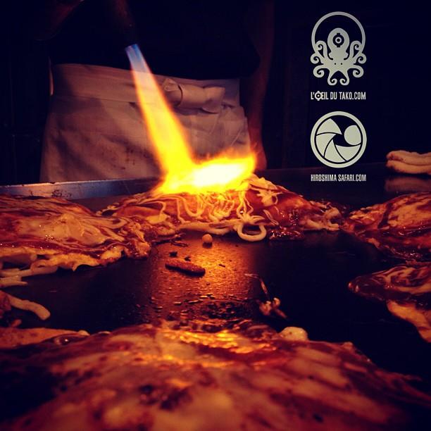 Quand est ce que vous venez déguster L'okonomiyaki de votre vie d'un Hiroshima Safari :D