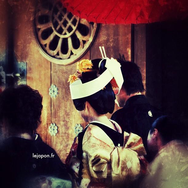 Mariage à la japonaise ! Toutes les 15 minutes au Meiji Jingu…