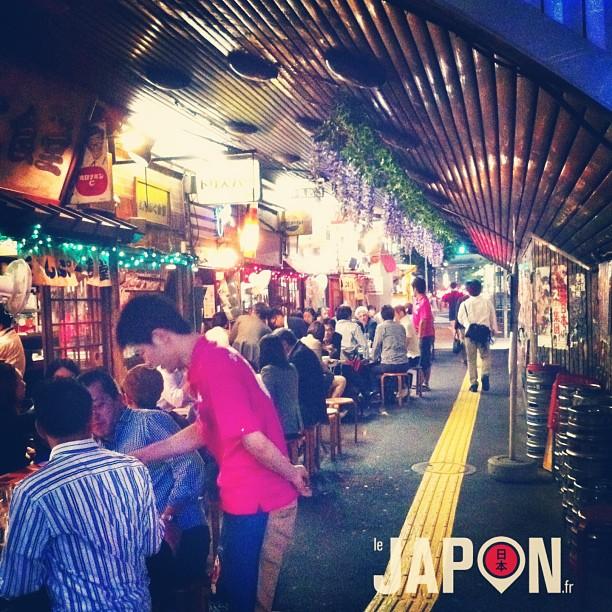 Finalement pas de pluie sur Tokyo… Donc on a pris une bonne cuite avec les zamis @wankitu @horizonsdujapon @tanukitsuneko et @tunimaal