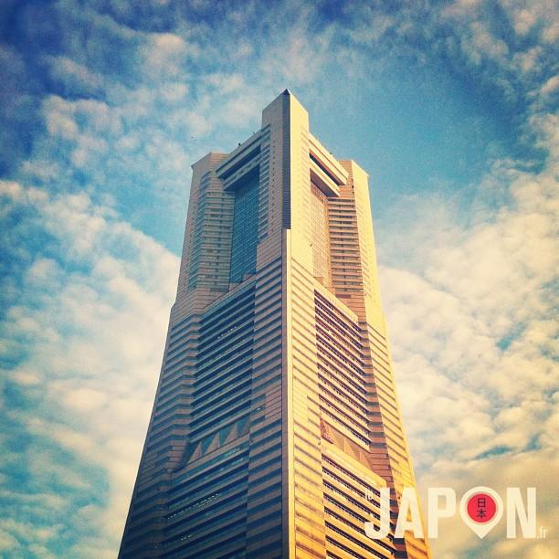 Le LandMark de Yokohama crève le ciel !
