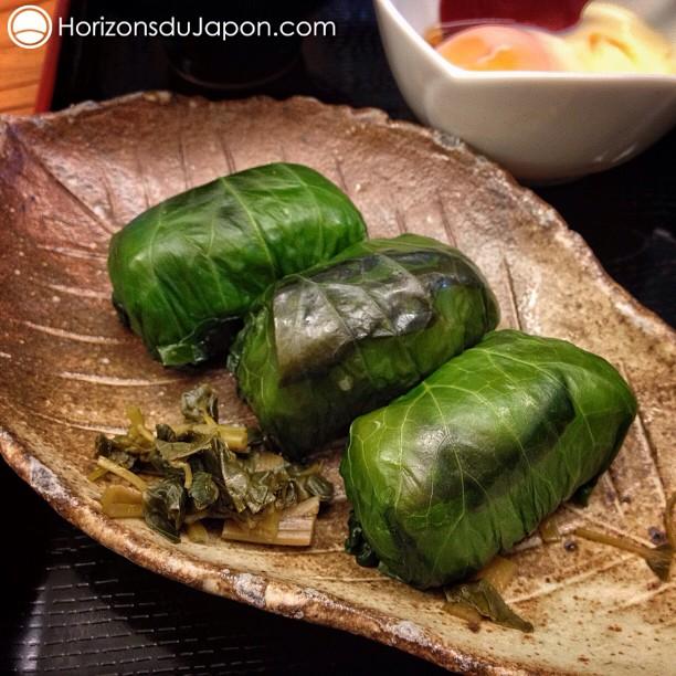 Feuilles de vigne ? Nan, sushi old-school enrobé de feuille de wasabi