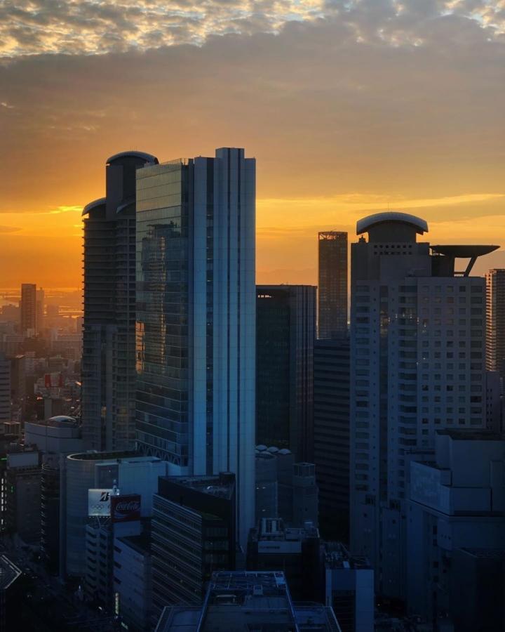 Coucher de soleil sur Osaka ce soir