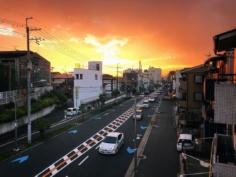 Qu'importe la laideur d'une ville, si la nature décide que l'instant sera beau, rien ne lui résiste :)